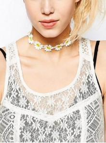 Beautiful Lace Floral Girls Lolita Necklace