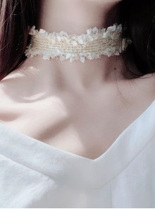 Sweet White Lace Broken Edge Lolita Choker