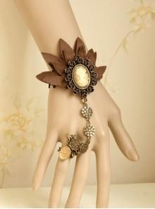 Beautiful Black Lace Retro Lady Lolita Wrist Strap