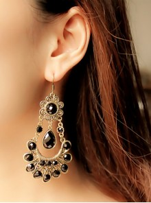 Gorgeous Black Retro Girls Lolita Earrings