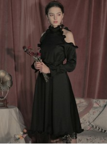 Off-shoulder Ruffle Collar Black Gothic Lolita Long Sleeve Dress