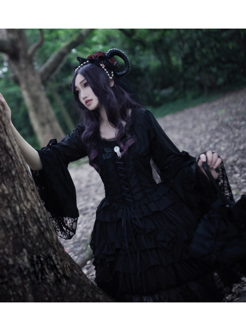Lilith Series Pure Color Gothic Lolita Long Sleeve Dress