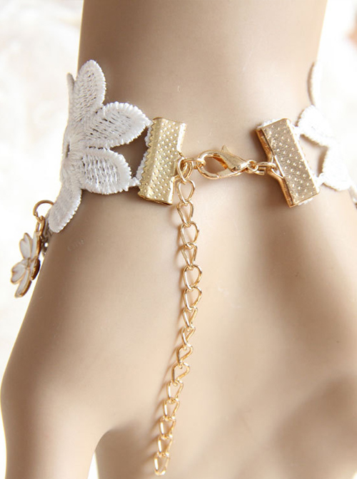 White Lace Pearls Bridesmaid And Bride Classic Lolita Bracelet