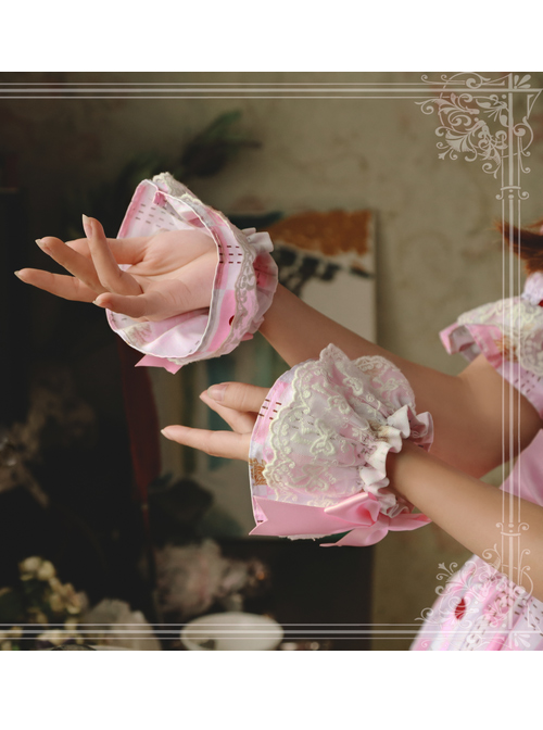 Magic Tea Party The Squirrel Couple's Afternoon Series Lolita Hand Sleeves