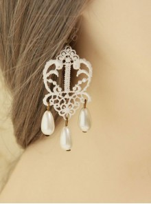 Vintage Earrings Court Lace White Pendant Earrings