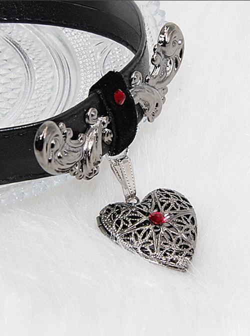 Dark Gothic Stereoscopic Metal Flower Vine Lace Heart PU Choker